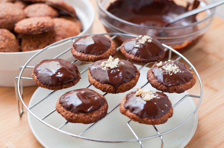 Glasear Lebkuchen con chocolate.